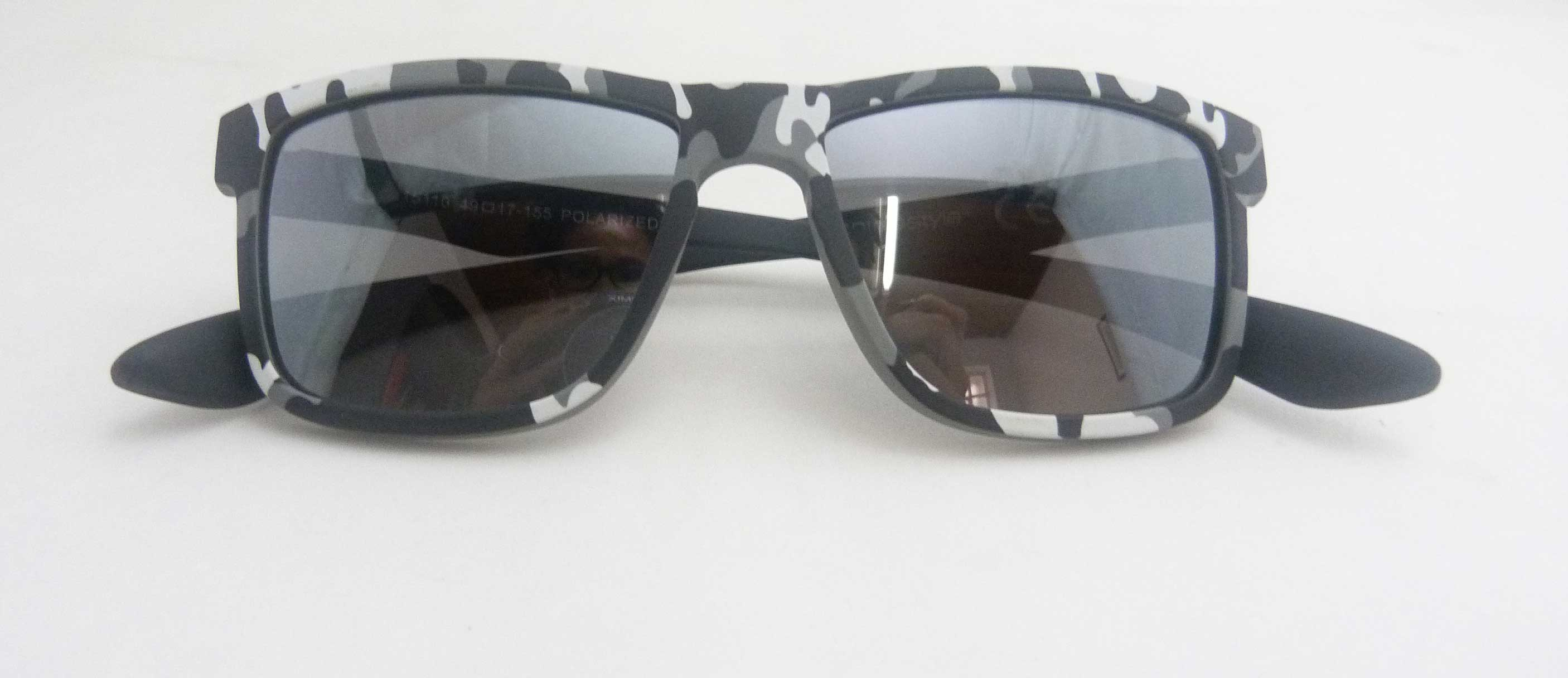 0215110 - Óculos-Solar CS Koala Camuflado 49x17 Cinza Mod 15110 FLAG 9  -Contém 1 Peça
